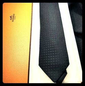 Hermes' Cravate Tie Black
